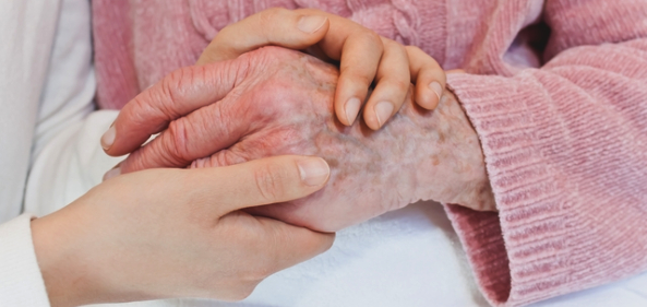 from-our-experts-8-tips-for-caring-for-someone-with-alzheimers